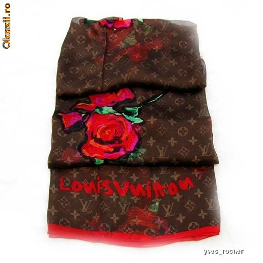 Шаль Louis Vuitton Monogram Roses Stole Rouge весна-лето 2009 .